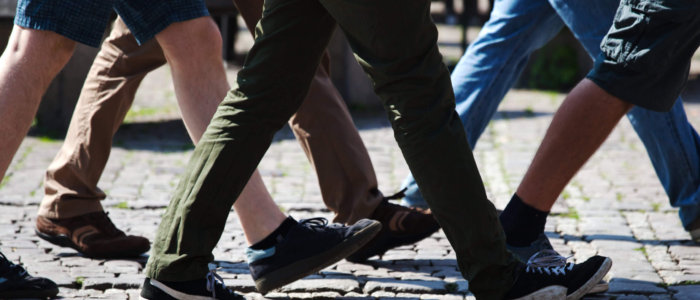 Walking,Men,In,The,City